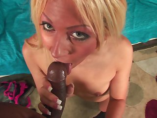 Blonde is in heaven eating guys erect love wand