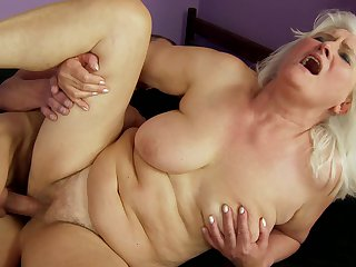 Mature with big melons sucks like it ain't no thing in oral action with hot blooded guy