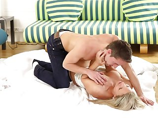Blonde Samantha Jolie fulfills her sexual needs and desires with guy's throbbing ram rod in her wet spot