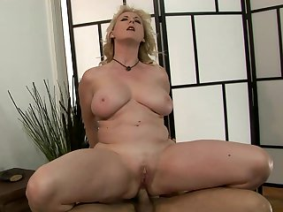 Mature makes her sex partner bust a nut