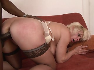 Blonde Lilli loves getting her bum shagged
