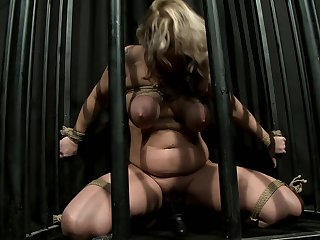 Blonde with juicy ass had her nice face covered in cock juice many times but wants some more