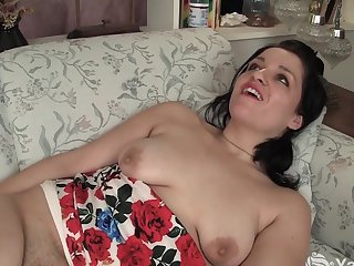 Yanks Brunette Lady Jane&#039,s DP Orgasm