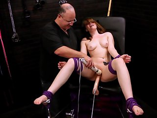 Teen gets her bum hole stretched by hard ram rod